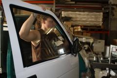 Car Wrapping bei pr-kreativ GmbH: Tuere weiss folieren